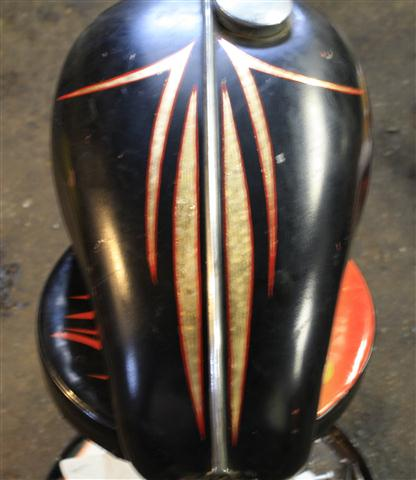Pinstriping What S Hot With Bobber And Chopper Motorcycles